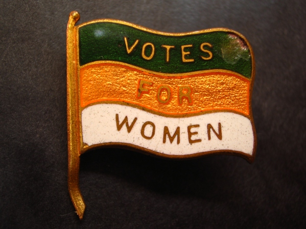 votes_for_women_lapel_pin_nancy